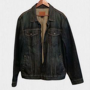 Classic Cut Gap Dark Wash Jean Jacket Men's Large